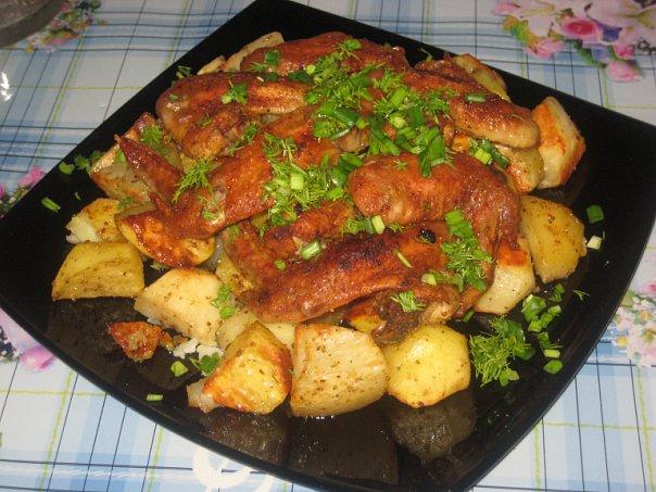 куриные крылышки в духовке с картошкой рецепт с фото пошагово в духовке
